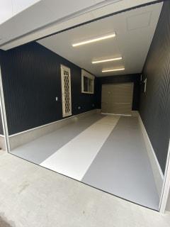 八王子市小門町ガレージ内部塗装完了しました。